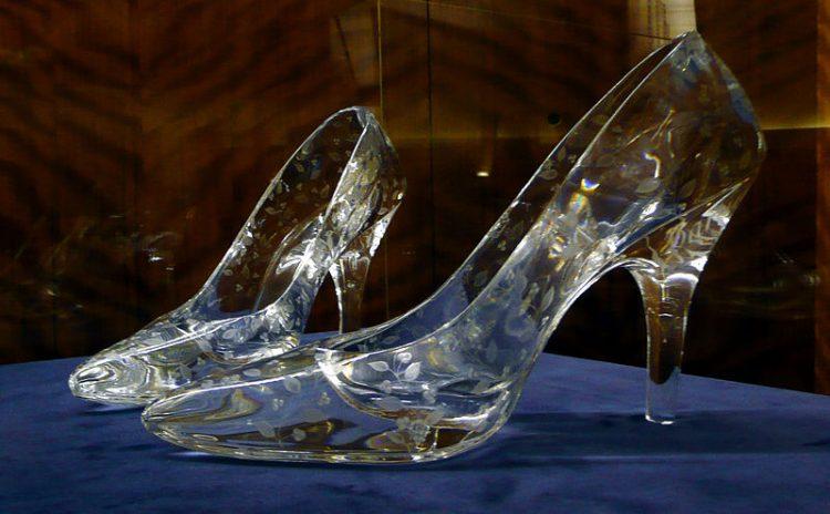 Dartington Glass crystal slippers