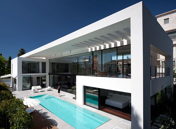 Contemporary Bauhaus architecture